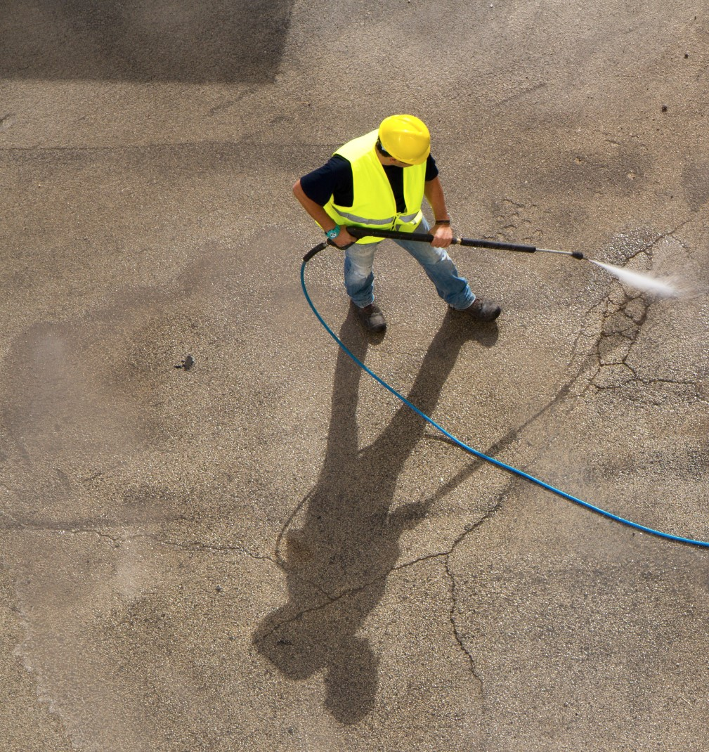 Commercial Power Washing in Saskatoon, SK